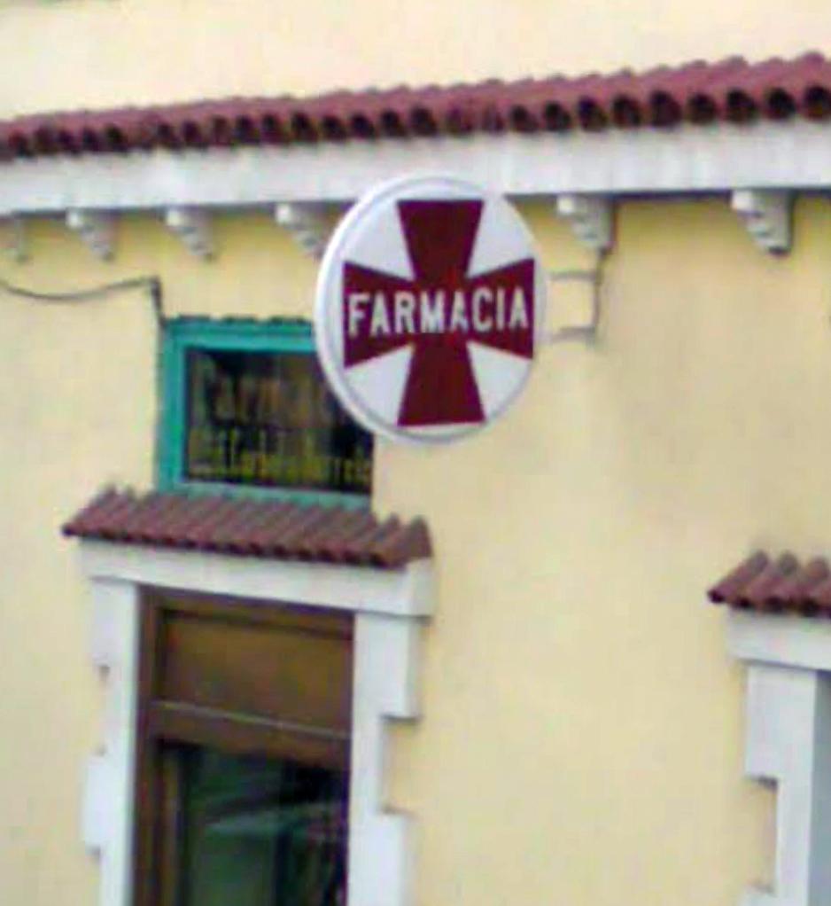 rótulo de farmacia calle Guayarmina